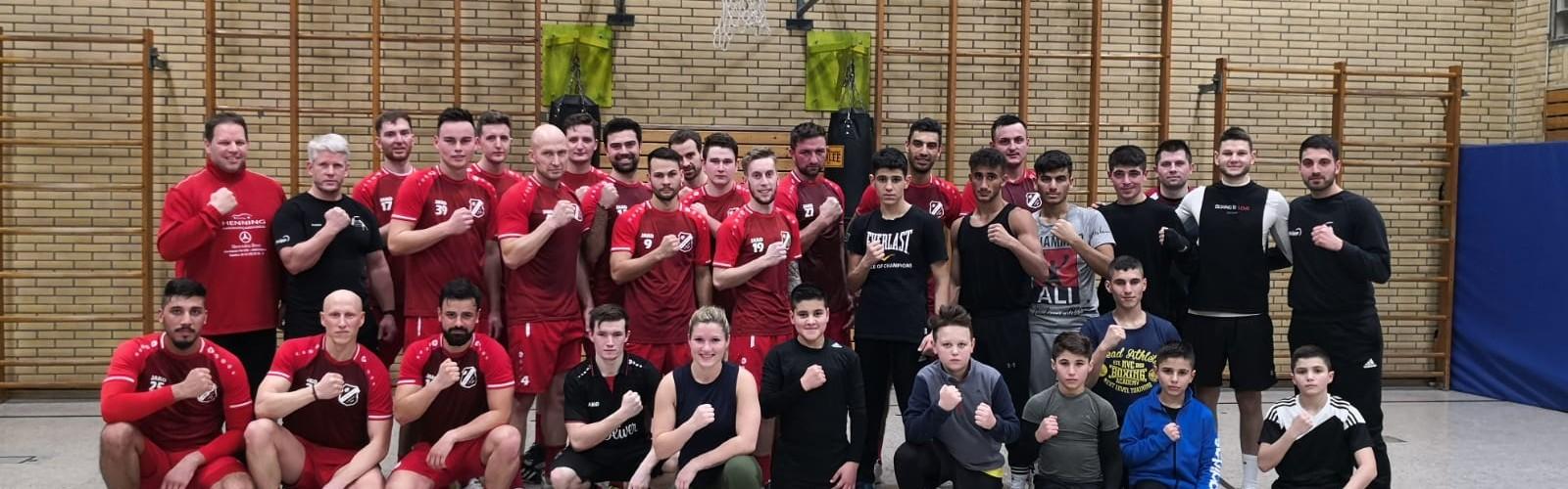 Foto zum Beitrag: 1.Mannschaft mit Trainingseinheit im Box Club Vogelheim